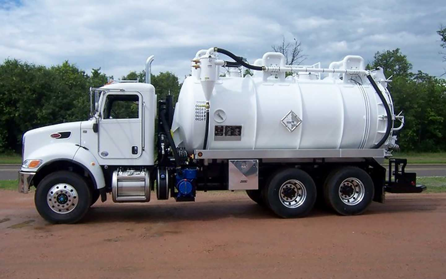 Image of Liquid Phase vacuum truck services by Spike Enterprise